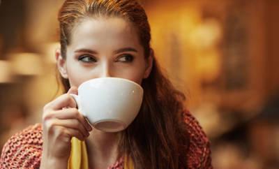 Kaffee verändert innere Uhr
