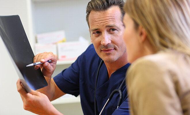 Schwierige Patienten im Gespräch mit Arzt