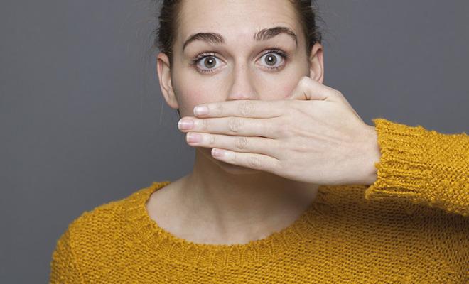Mundgeruch ist häufig harmlos und mit ein paar einfachen Mitteln zu vertreiben