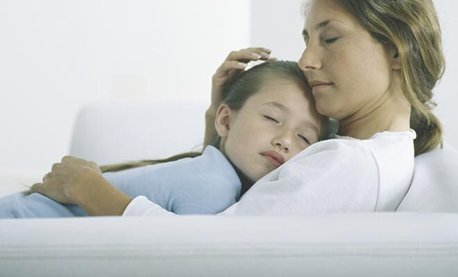 Bauchschmerzen bei Kindern können viele Ursachen haben, die meisten sind harmlos