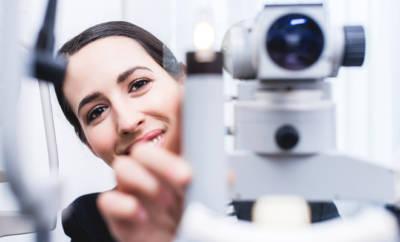 Augeninnendruck messen ist wichtig, um eines der größten Risikofaktoren für grünen Star im Blick zu behalten