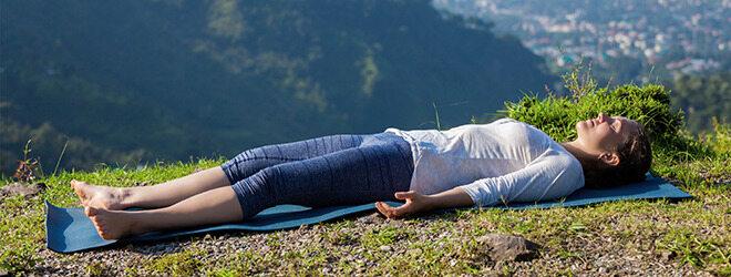 Autogenes Training: Ein Paar übt die Entspannungsmethode