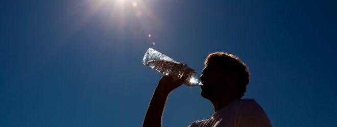 Immer gut hydriert durch den Sommer
