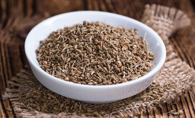 Heilpflanze Anis: Gut gegen Verdauungsbeschwerden und bei Erkältung