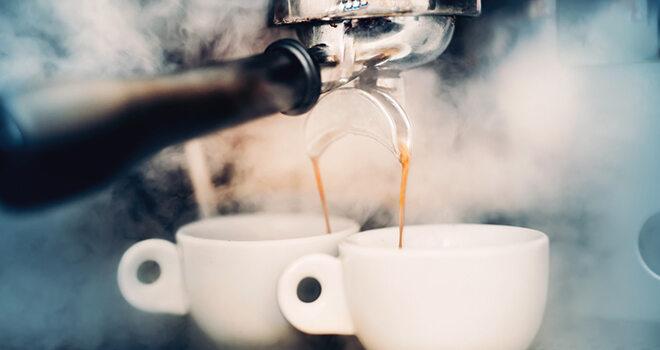 Dampfender Espresso