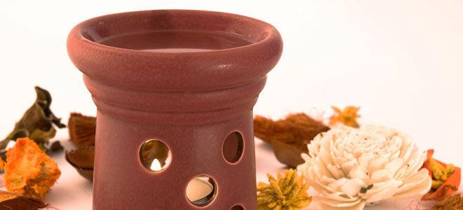 Duftlampen verströmen Duft- und Wirkstoffen von ätherischem Öl.