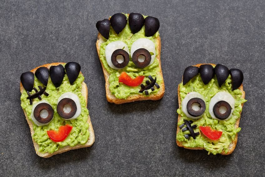 Herzhaftes Halloween Rezept: Grüne Toastmonster
