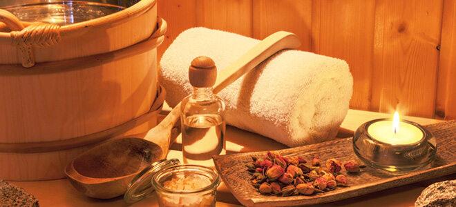 Bei Saunaaufgüssen dürfen wohltuende ätherische Öle nicht fehlen