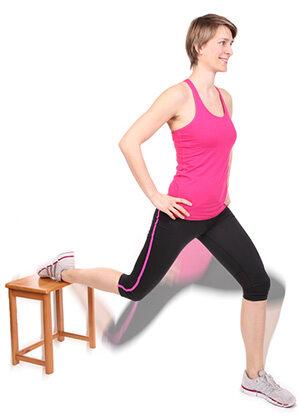 Einbeinige Kniebeugen können helfen, dass sich der Hüftbeuger wieder verlängert und funkionstüchtig wird.