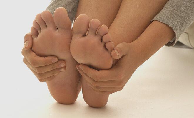 Fehlstellungen führen zu schmerzenden Füßen