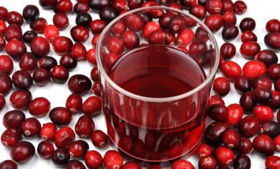 Cranberry: Saft und Beeren