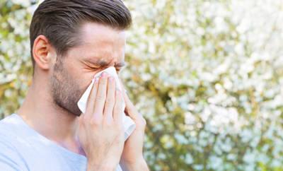 Cetirizin ist ein wirksames Medikament bei Heuschnupfen.