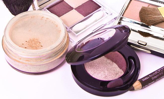 Mikroplastik ist in vielen verschieden Kosmetikartikeln enthalten.