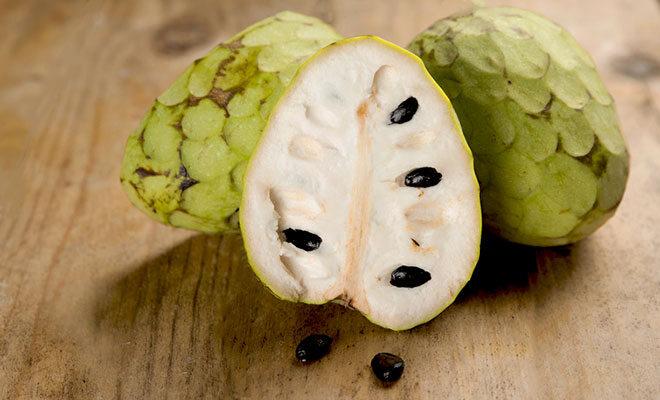 Cherimoya Früchte.