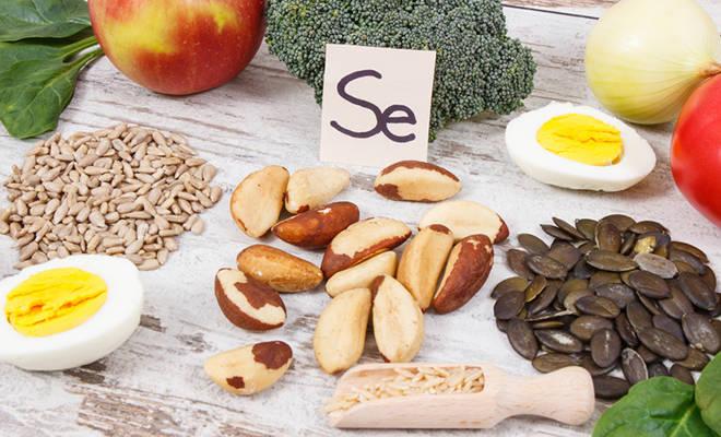 Selenhaltige Lebensmittel (Reis, Paranüsse, Sonnenblumenkerne, Eier)