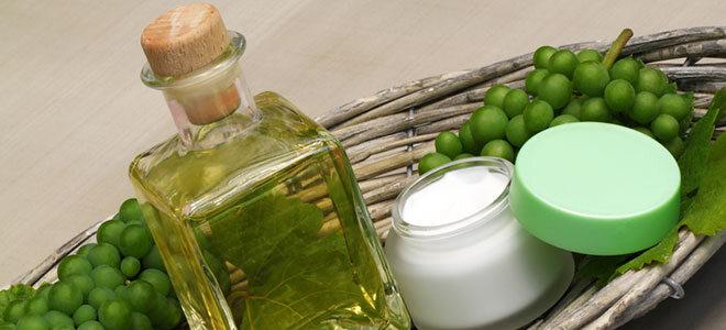 Traubenkernöl kann in der Küche genauso eingesetzt werden wie bei der Hautpflege.