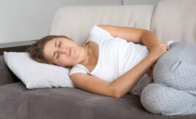 Masturbiert Periode Mädchen ihre Frühe Masturbation