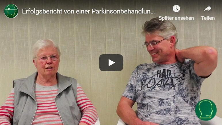 Eine Patientin berichtet in einem Video-Interview von ihrer erfolgreichen Therapie mit der ewigen Nadel
