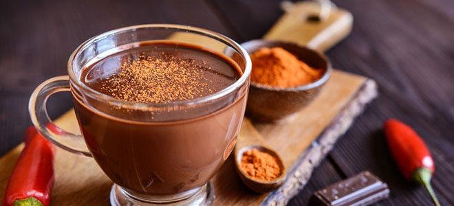 Heiße Chili-Zimt-Schokolade