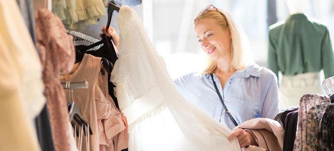 Ein Frau beim Shoppen